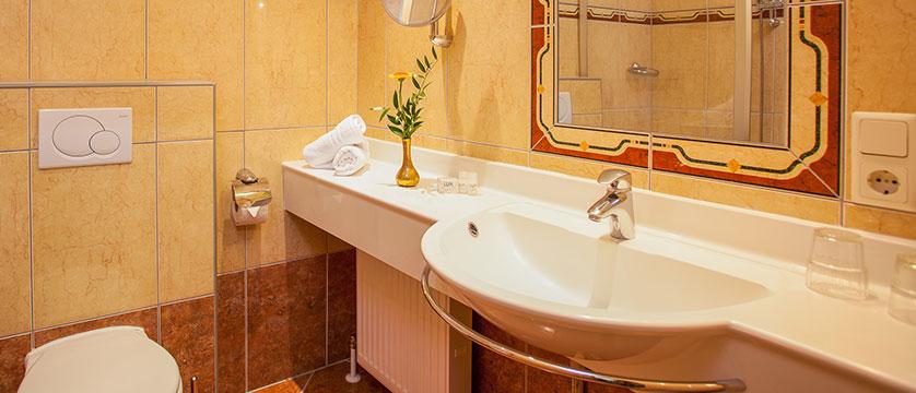 Landhotel St. Georg, Zell am See, Austria - bathroom interior.jpg